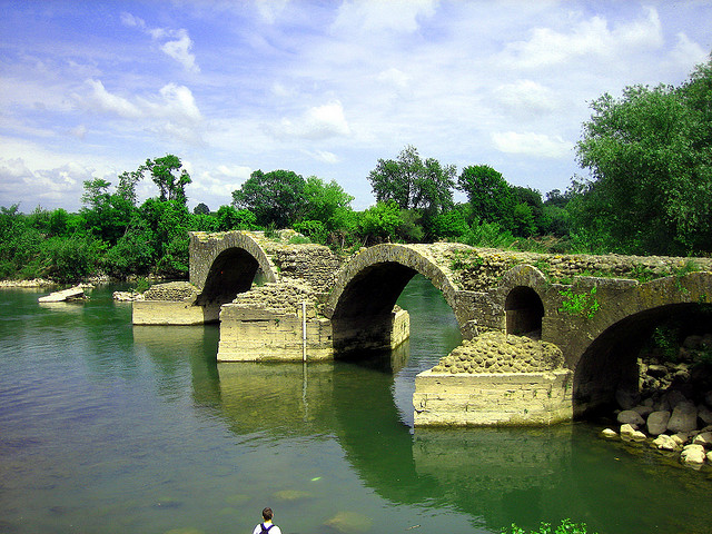 pont romain hérault