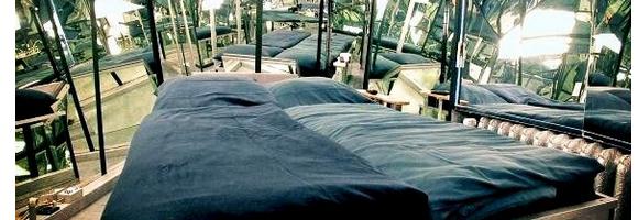 h tel insolite le propeller island city lodge. Black Bedroom Furniture Sets. Home Design Ideas