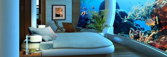 la chambre d 39 h tel avec un norme aquarium. Black Bedroom Furniture Sets. Home Design Ideas