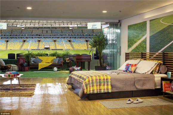 Stade Auguste Delaune  - Page 38 Airbnb-maracana