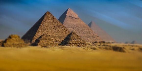 Les pyramides de Gizeh